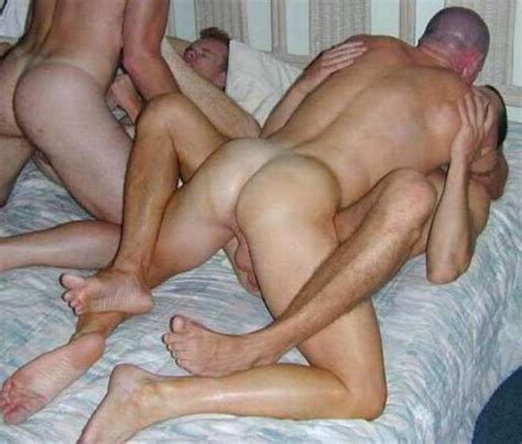 Naked middle age man porn gay videos jpg 649x552