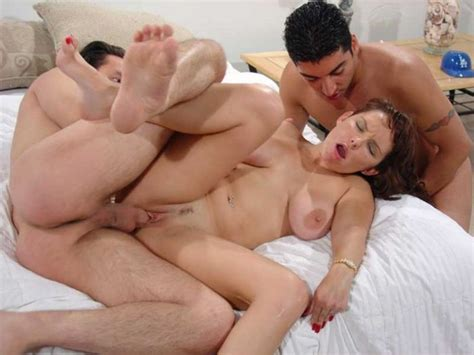 Free porn milf seeker galleries page 1 imagefap jpg 945x709